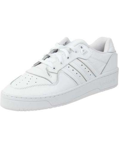 Biały z paskiem skórzany sneakersy Adidas Originals