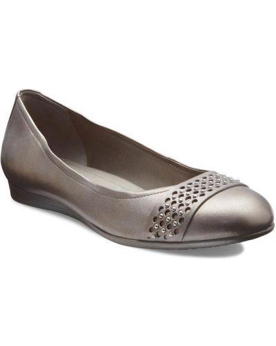 Балетки на каблуке с заклепками Ecco