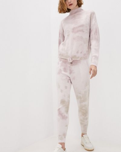 Костюмный розовый костюм Dali