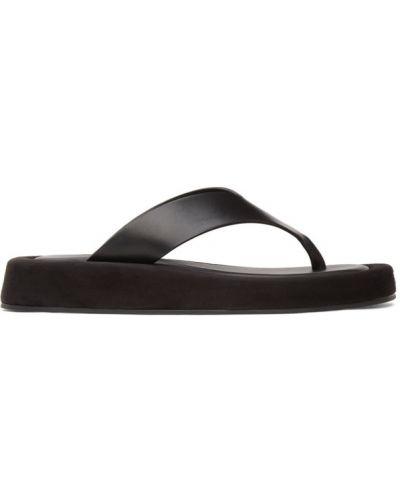Черные кожаные с ремешком сандалии The Row