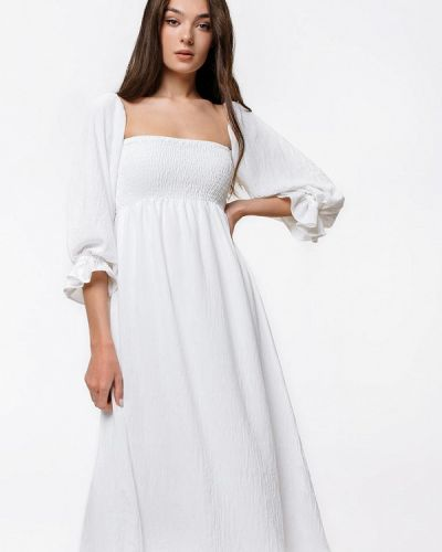 Белое платье с открытыми плечами Magnetic
