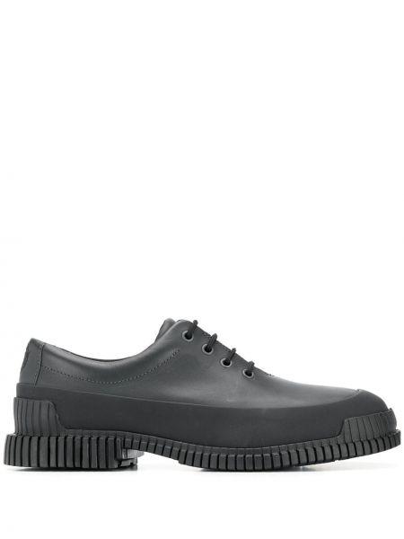 Кожаные черные туфли на шнуровке на каблуке на шнуровке Camper