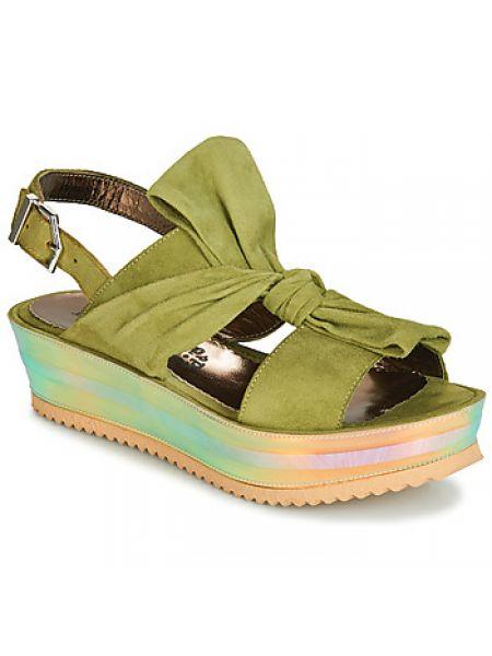 Zielone sandały Papucei