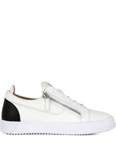 Skórzany czarny skórzane sneakersy na sznurowadłach okrągły Giuseppe Zanotti