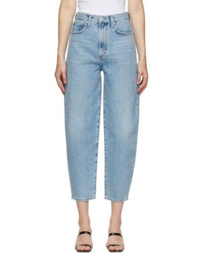 Niebieski jeansy na wysokości z kieszeniami Agolde