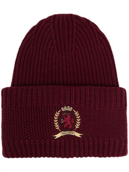 Красная кашемировая вязаная шапка бини с вышивкой Hilfiger Collection