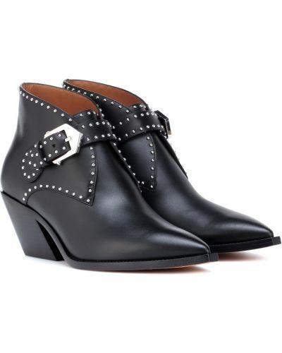 Buty na obcasie na pięcie kowboj Givenchy