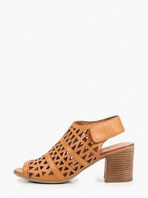 Коричневые кожаные босоножки Laremo