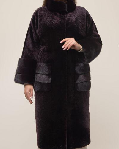 Красное пальто с воротником из овчины Aliance Fur