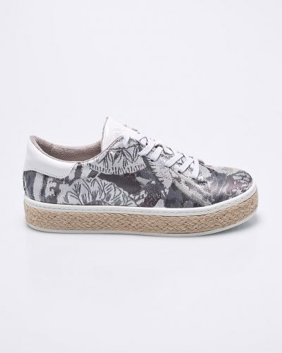 Кроссовки на платформе серебряного цвета S.oliver