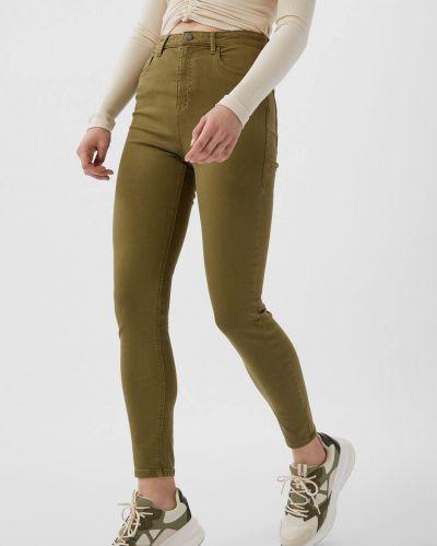 Зеленые джинсы Stradivarius