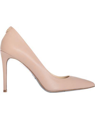 Туфли на каблуке кожаные бежевый Patrizia Pepe