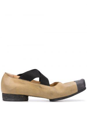 Брендовые кожаные бежевые туфли Uma Wang