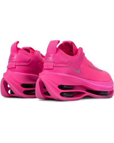 Розовые кожаные кроссовки каскадные Nike