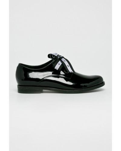 Кожаные туфли на шнуровке на каблуке Badura