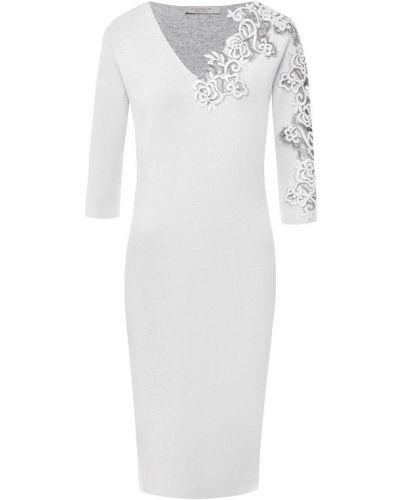 Платье с V-образным вырезом с вырезом D.exterior