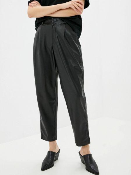 Черные брюки снежная королева