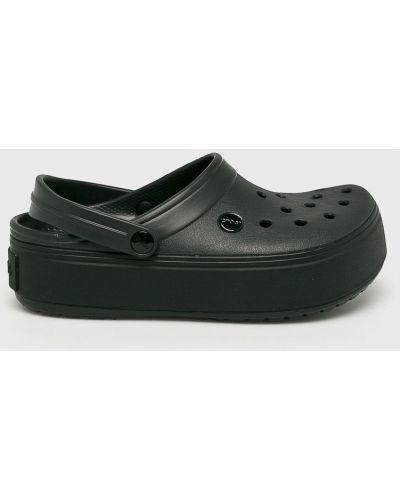 Сабо на платформе на танкетке черные Crocs