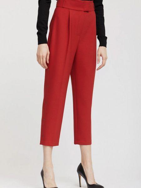 Красные брюки Charuel
