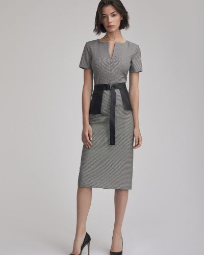 Шерстяное платье с поясом с баской Charuel