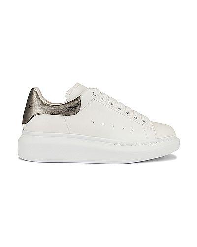 Białe sneakersy na platformie skorzane Alexander Mcqueen