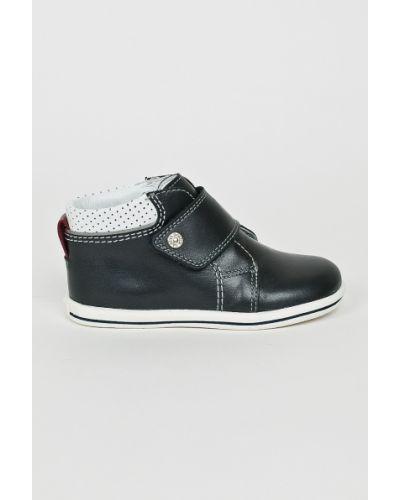 Черные туфли Bartek
