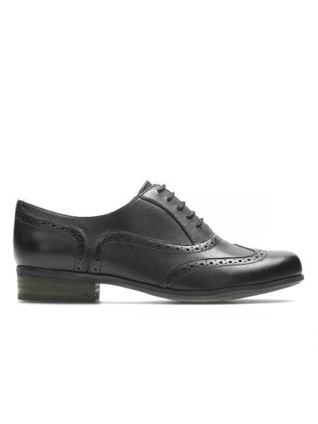 Ботинки на шнуровке кожаные Clarks