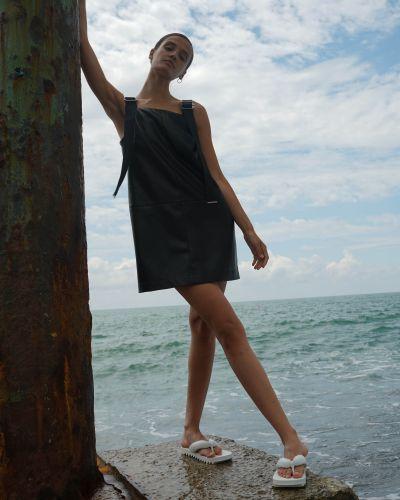 Черное платье Vassa&co