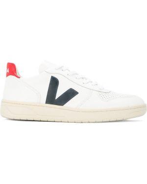 Кроссовки белый Veja
