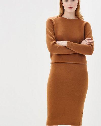 Юбочный костюм коричневый Lorani
