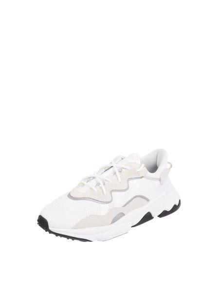 Białe sneakersy materiałowe Adidas Originals