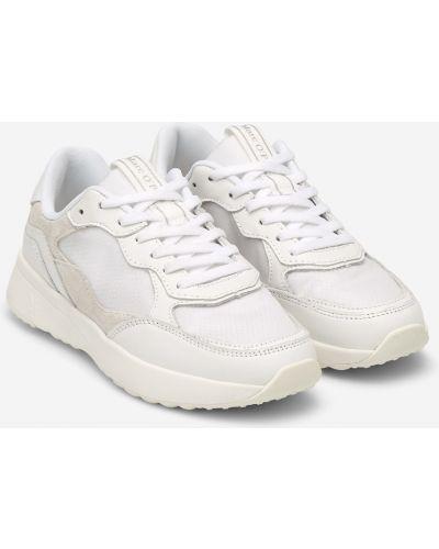 Повседневные белые кожаные кроссовки со вставками на шнурках Marc O`polo