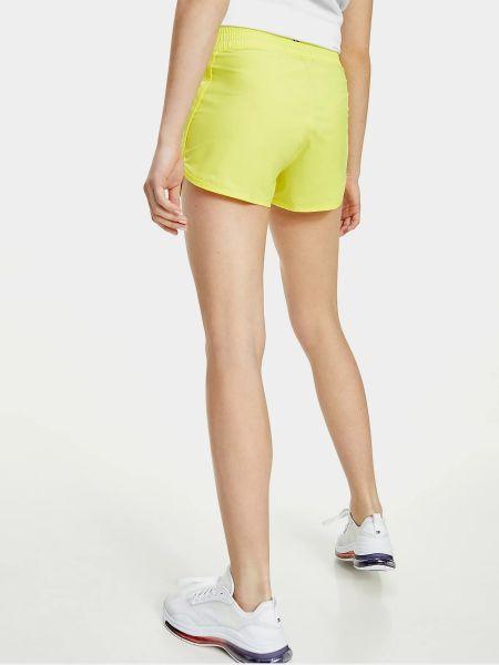 Желтые шорты Tommy Hilfiger