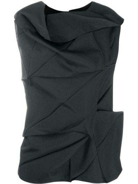 Черная блузка без рукавов с драпировкой с вырезом круглая 132 5. Issey Miyake