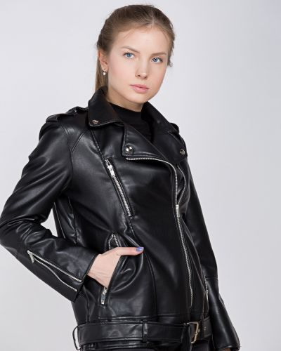 Базовая черная куртка Aftf Basic