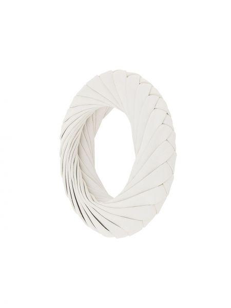 Biała bransoletka skórzana Bottega Veneta