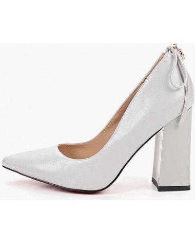 Туфли на каблуке кожаные серые Teetspace