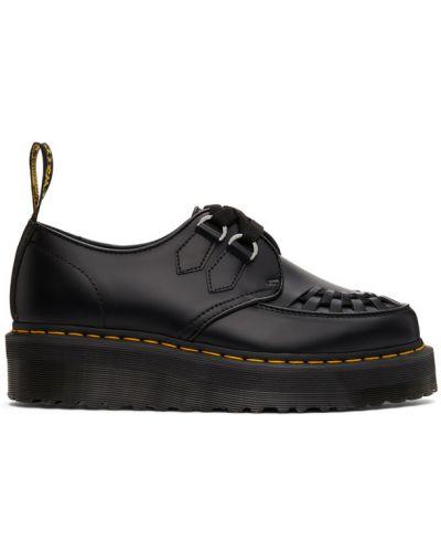 Кожаные черные дерби на шнуровке Dr Martens