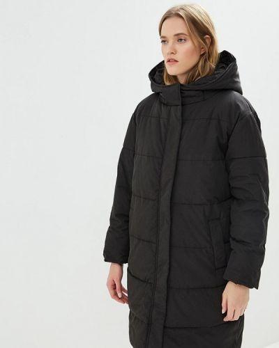 Черная куртка Zoe Karssen