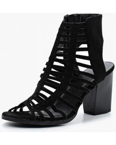 Черные босоножки на каблуке Piazza Italia