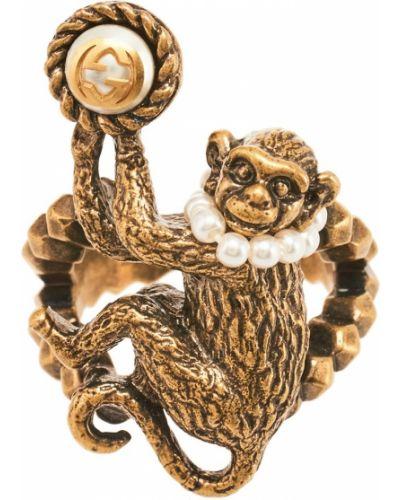 Кольцо с жемчугом Gucci