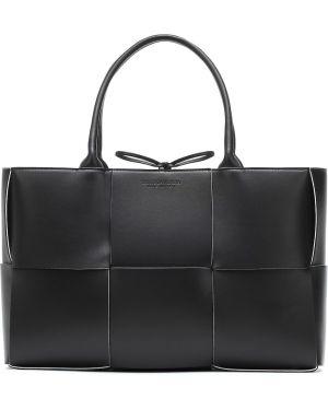 Кожаная сумка сумка-тоут среднего размера Bottega Veneta