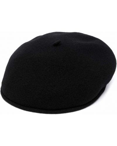 Czarna czapka z haftem Marine Serre