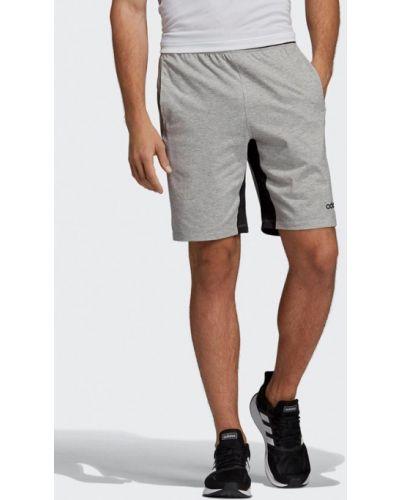 Спортивные шорты серые Adidas
