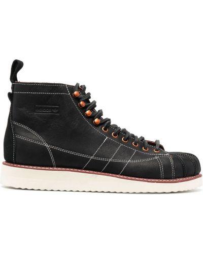 Czarne botki skorzane sznurowane Adidas