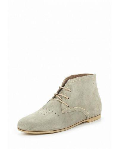 Серые замшевые ботинки Tamaris