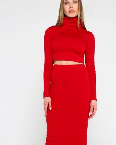Красный юбочный костюм Malaeva
