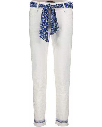 Белые брюки Betty Barclay