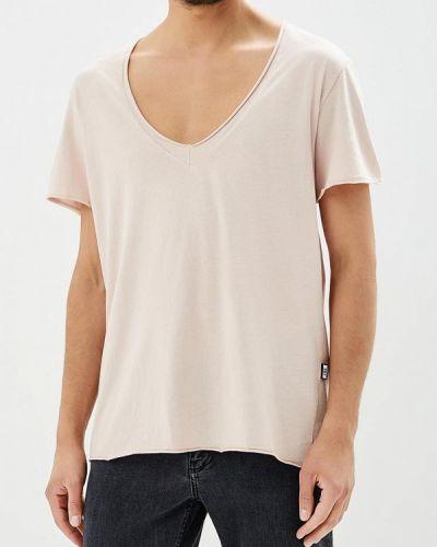 Розовая футболка J.b4