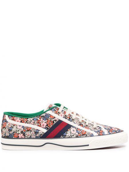Różowy włókienniczy sneakersy na sznurowadłach okrągły Gucci